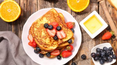 French-toast-with-berries-LMVgao