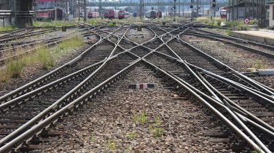 picture of train tracks
