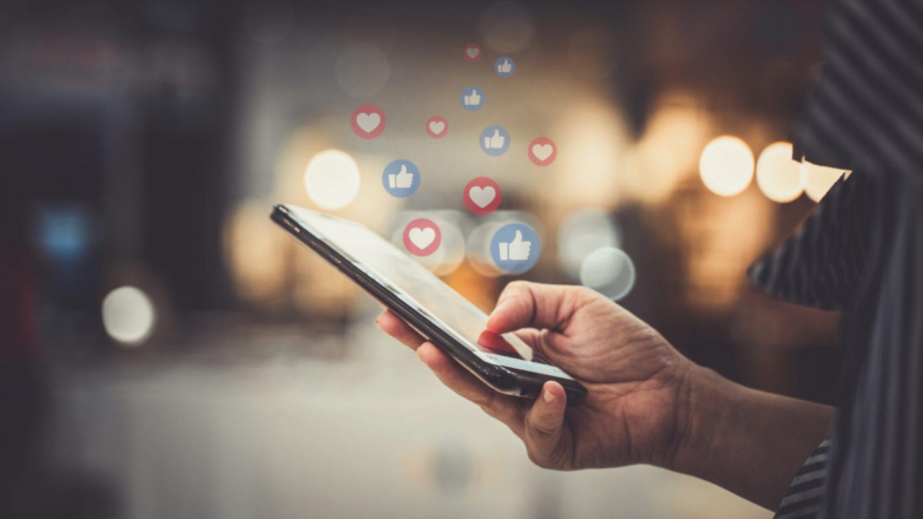 Positive-social-media-MhV0QZ