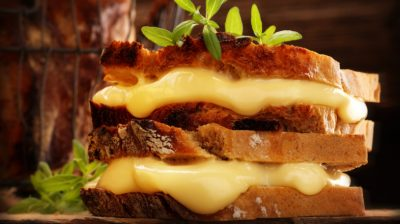 Toasted-cheese-sandwich-BxhrkG