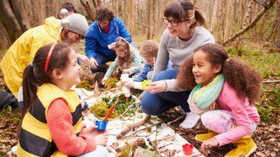 Volunteering-with-Children-32LqOW