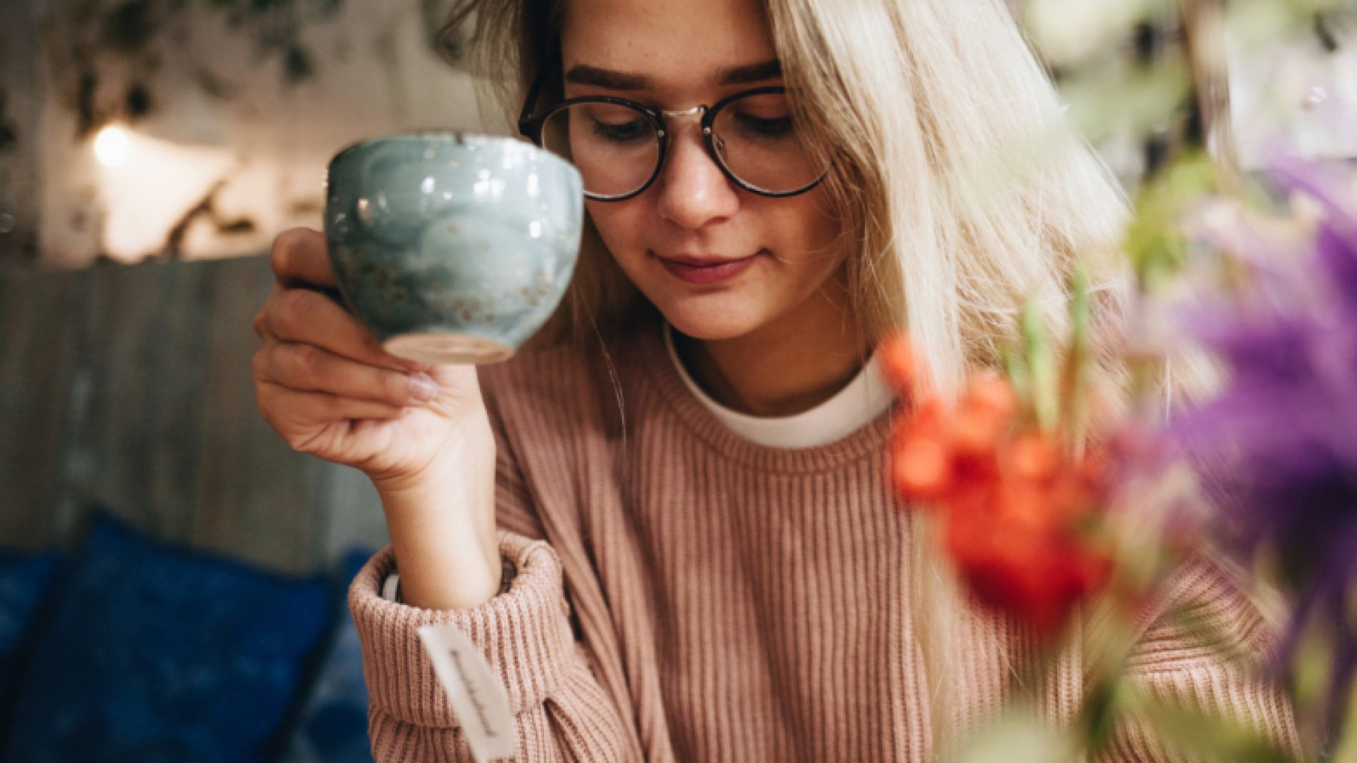 Young-person-with-glasses-and-tea-Ob6Eyr