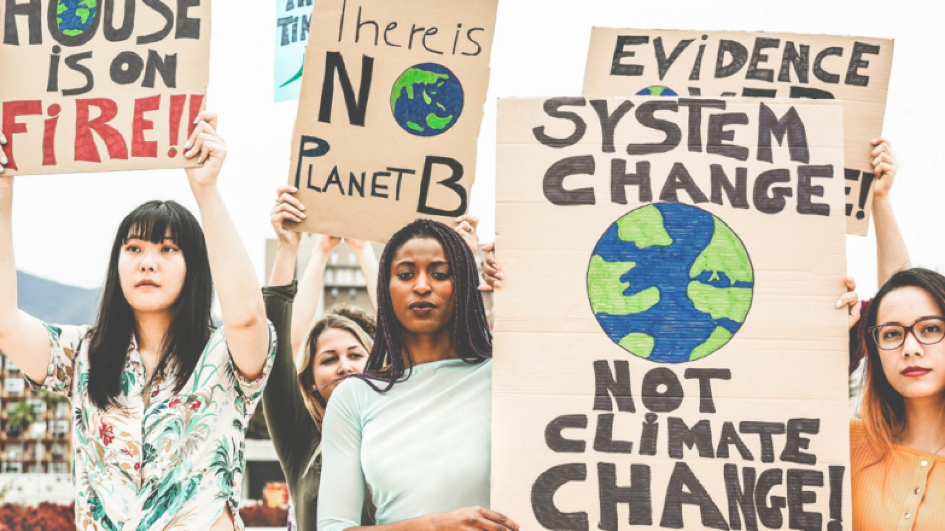 climate-activists-vojLxY