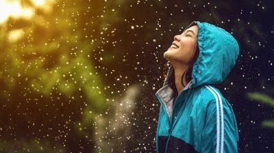 young_woman_in_rain